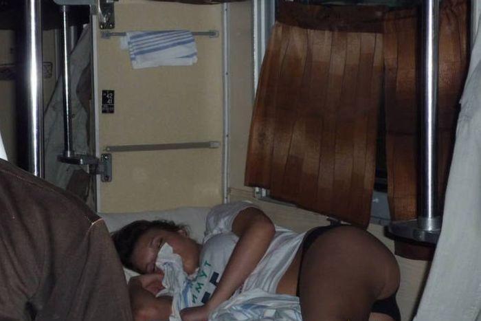 Фото черных поп и поезд лесбиянки акробатки