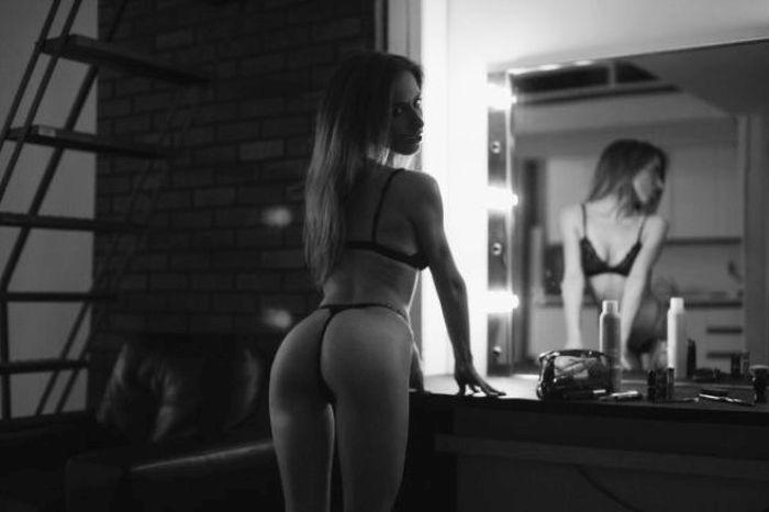 Сексуальные попки стройных девушек (72 фото)