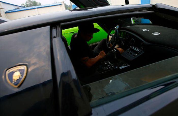 Lamborghini Diablo своими руками (28 фото)