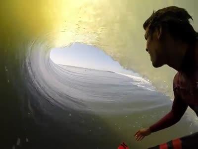 Красота во время серфинга (10.0 мб)