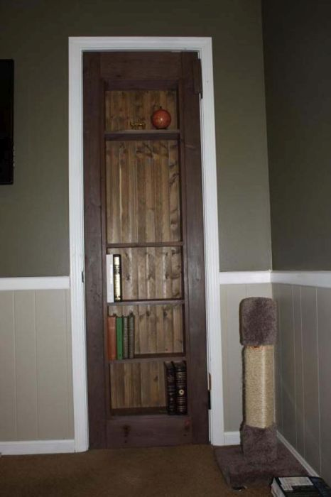 Креативная дверь в потайную комнату своими руками (22 фото)
