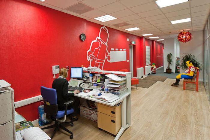 Самые впечатляющие офисы мира (101 фото)