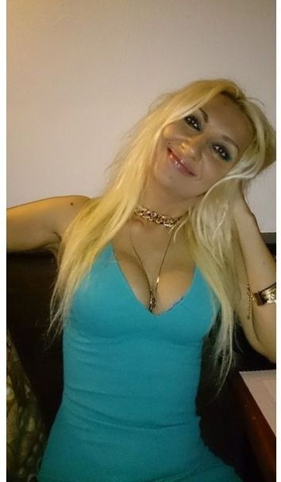 Очередная крашеная блондинка рвется в депутаты (24 фото)