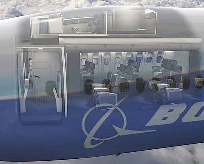 Тайные комнаты для отдыха экипажа в пассажирских самолетах (16 фото)