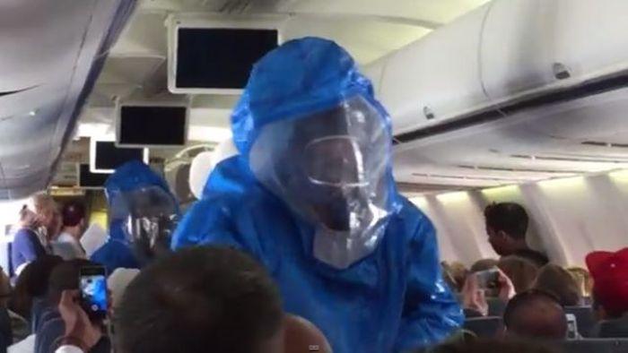 Не надо шутить с Эболой (10 фото + видео)