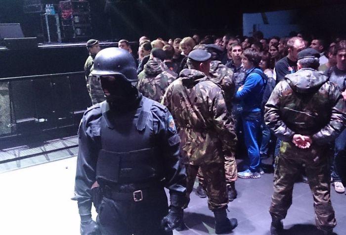 Концерт Cannibal Corpse Нижнем Новгороде сорвал спецназ (3 фото)