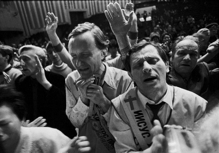 Как москвичи ждали конец света в октябре 1992 года (11 фото + текст)