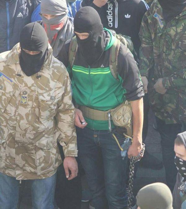 Беспорядки в Киеве по случаю 72 годовщины образования УПА (52 фото)