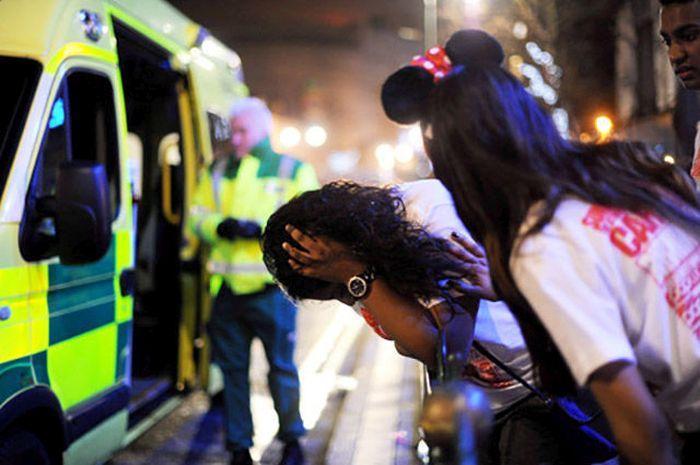 Развлечения пьяной британской молодежи (70 фото)