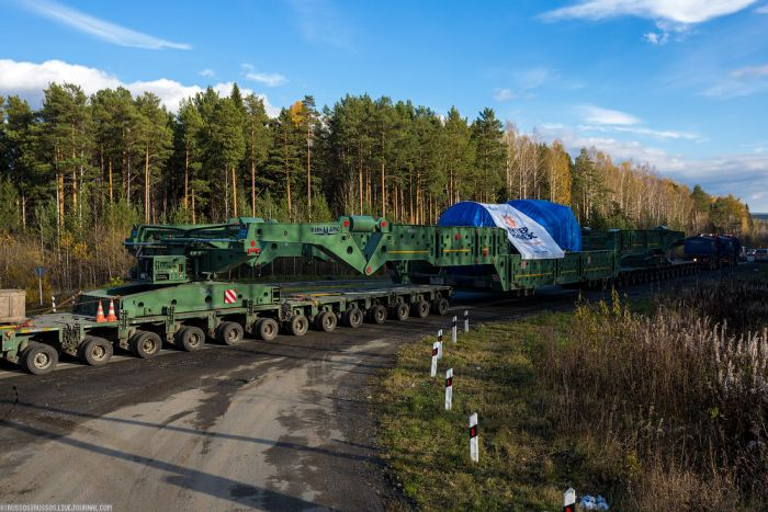 Как автопоезд «Матильда» 328-тонный генератор вез (35 фото)