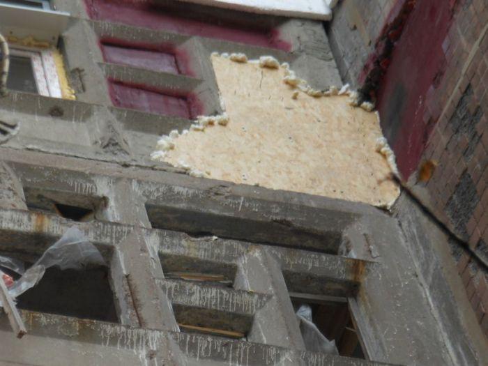 Ремонт жилого дома в услоявих войны (22 фото)