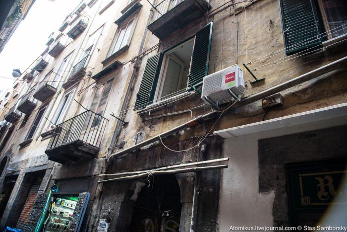 Неожиданные впечатления от поездки в Неаполь (30 фото)