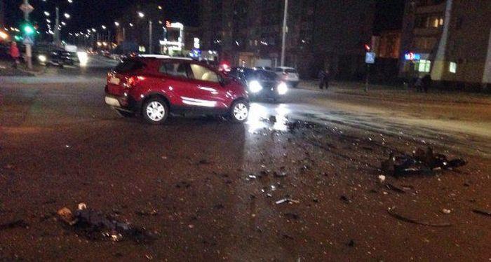 Полицейские столкнулись с машиной своего начальника (3 фото + видео)