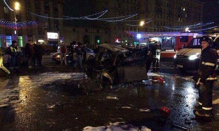 Страшное ДТП на Кутузовском унесло жизни пяти человек (4 фото + 3 видео)