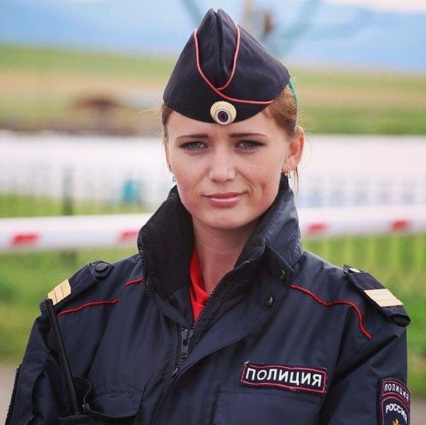 Фотографии из Instagram российской полиции (41 фото)