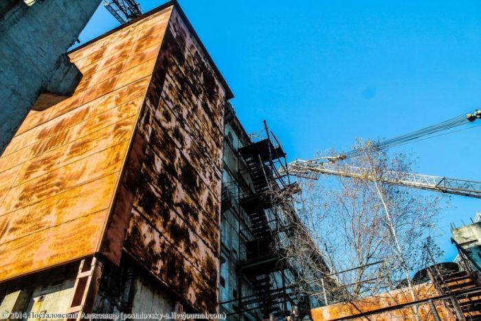 Недостроенный 5-й блок ЧАЭС (29 фото)