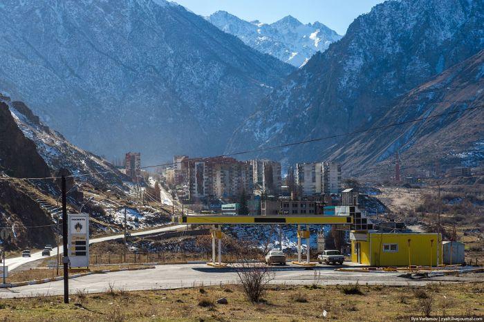 Тырныауз - город, который мог бы стать туристическим центром (36 фото)