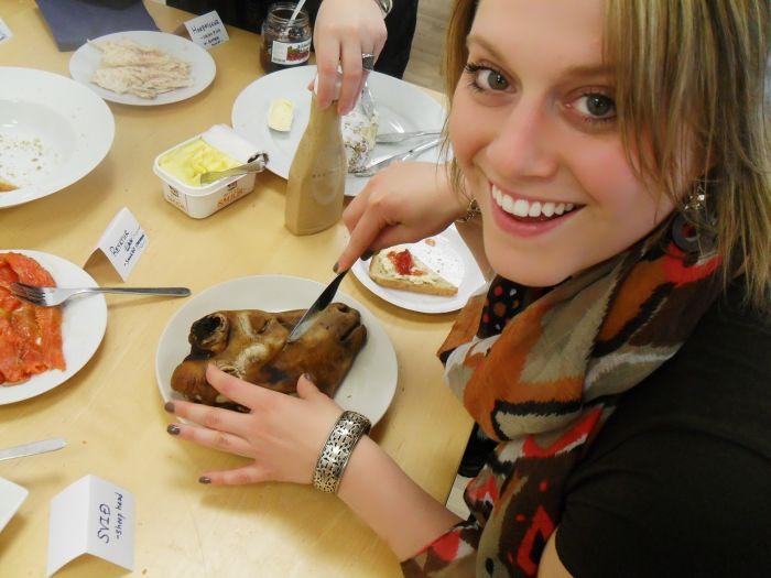 Экзотическое блюдо исландской кухни (6 фото)