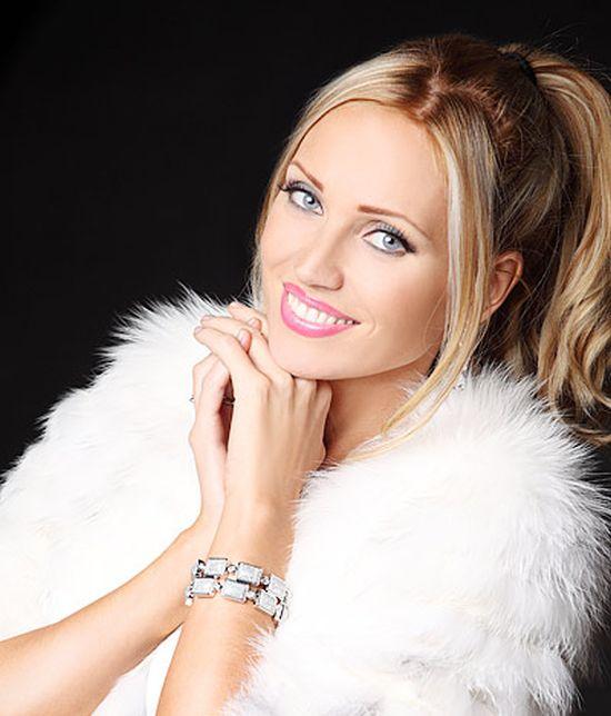 «Миссис Мира-2014» стала неизвестная белоруска Марина Алексейчик (8 фото + видео)