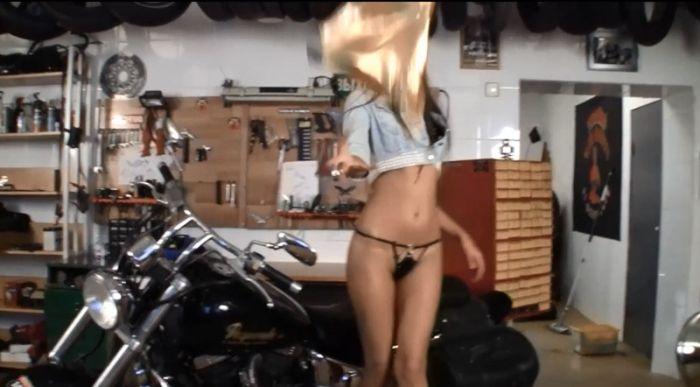 Питерские байкеры замешаны в порноскандале (9 фото)
