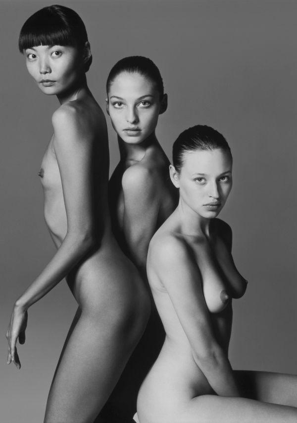 Русские девушки в прошлых календарях Pirelli. НЮ (11 фото)