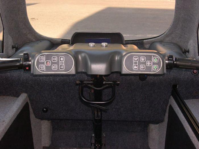 Kenguru - уникальный автомобиль для инвалидов-колясочников (12 фото)