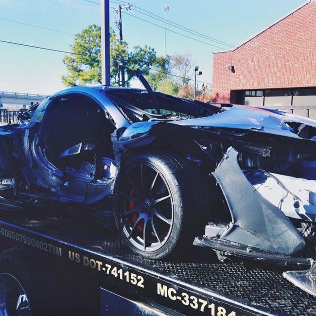 McLaren P1 разбили на следующий день после покупки (6 фото)