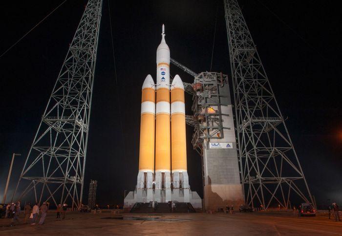 Как стартовал космический корабль Orion (17 фото)