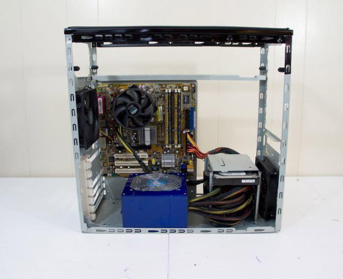 Оригинальный способ апгрейда системного блока (20 фото)