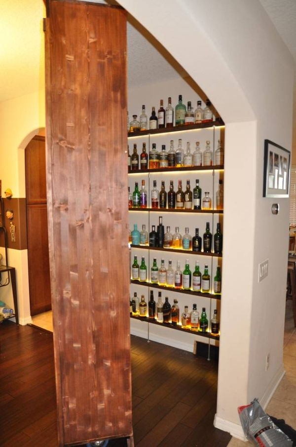 Шкаф с секретом (8 фото)