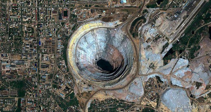 Экскурсия по месту добычи алмазов (33 фото)