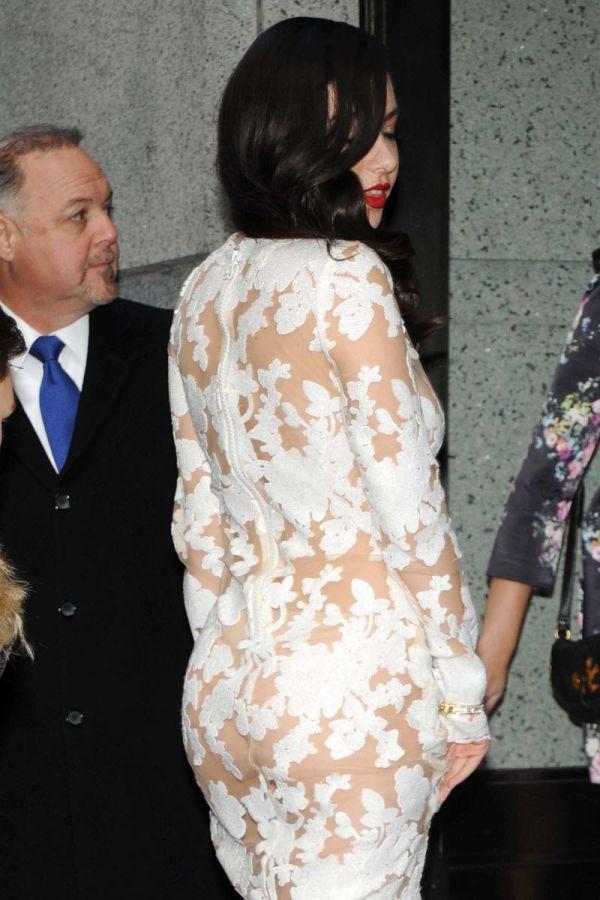 Откровенные наряды Шарлотты Эммы Эйтчисон (Charli XCX) (17 фото)