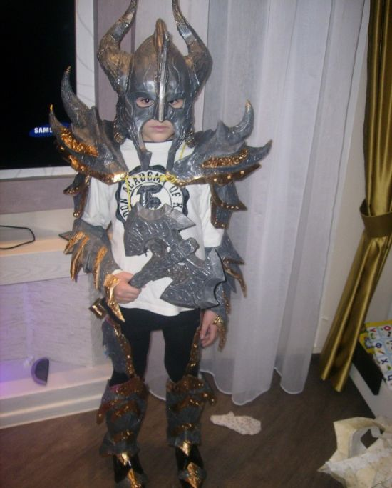 Фотоотчет о создании экзотического новогоднего костюма (41 фото)