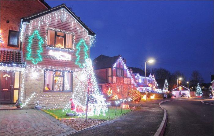 Рождественская сказка на одной из улиц Великобритании (16 фото)