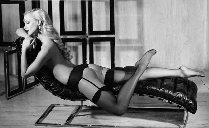 Полина Максимова, Лёля из сериала «Деффчонки». Фотографии для журнала Maxim (7 фото)