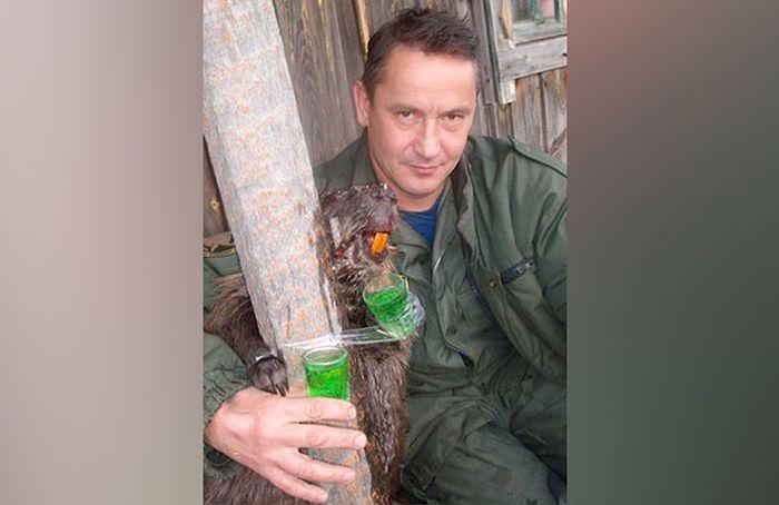 На алтайского охотника-браконьера заведено уголовное дело (3 фото)