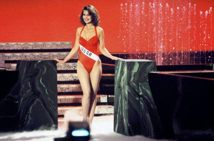 «Мисс СССР-1991» Юлия Лемигова вступила в брак с Мартиной Навратиловой. НЮ (9 фото)