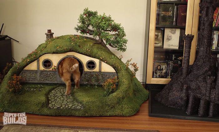 Кошачий дом поклонника фэнтези (16 фото)