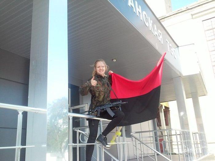 В Виннице Вита Заверуха и люди в масках ворвались в офис фирмы (22 фото + видео)