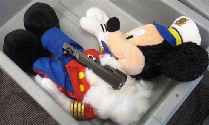 О находчивости контрабандистов наркотиков (38 фото)