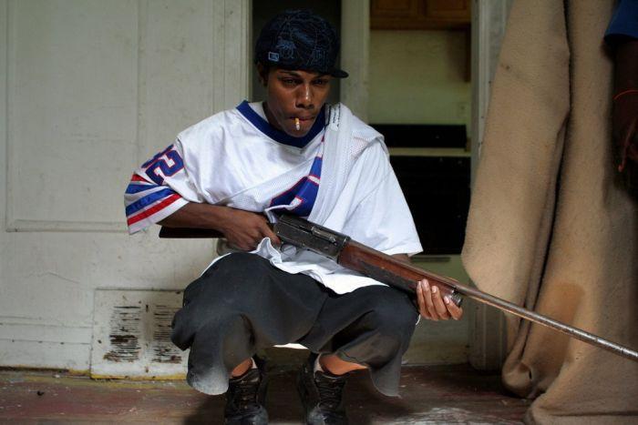 Жизнь людей с окраин Детройта (33 фото)