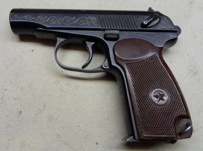 Эксклюзивный наградной пистолет ПМ-К (пистолет Макарова с индексом «К») (3 фото)