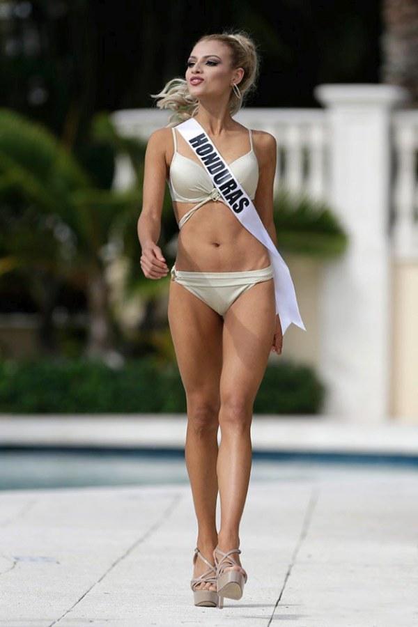 Как прошел выход в купальниках на конкурсе «Мисс Вселенная 2015» (33 фото)