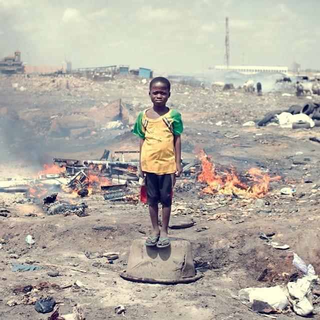 Свалка Агбогблоши - самое грязное место на планете (21 фото)