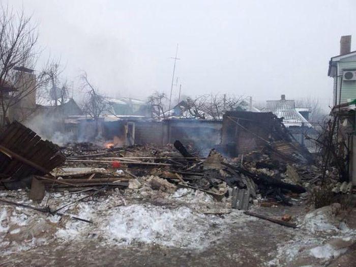 Донецк и Горловка подверглись массированному артобстрелу (57 фото + 3 видео)
