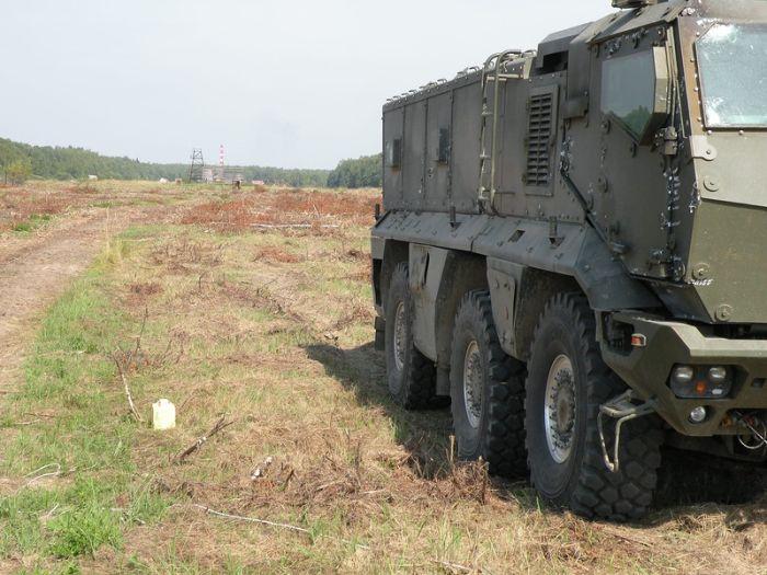 Первое знакомство с новым бронетранспортером КАМАЗ-63969 «Тайфун» (10 фото)