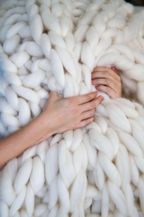 Большой шерстяной плед своими руками (14 фото)