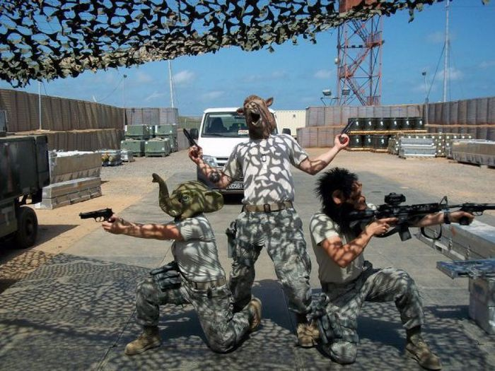 Фотоподборка армейских приколов (44 фото)