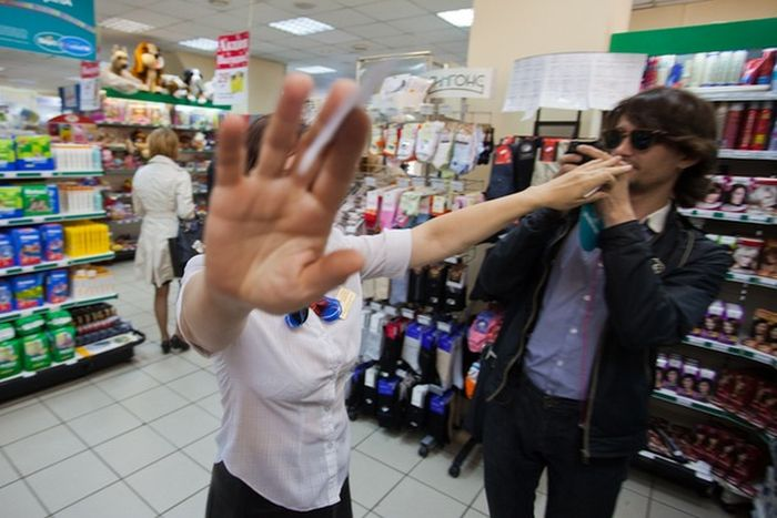 10 прав, которыми обладает каждый покупатель (13 фото)