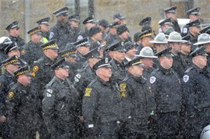 Американская полиция исполнила последнее желание больного мальчика (7 фото)